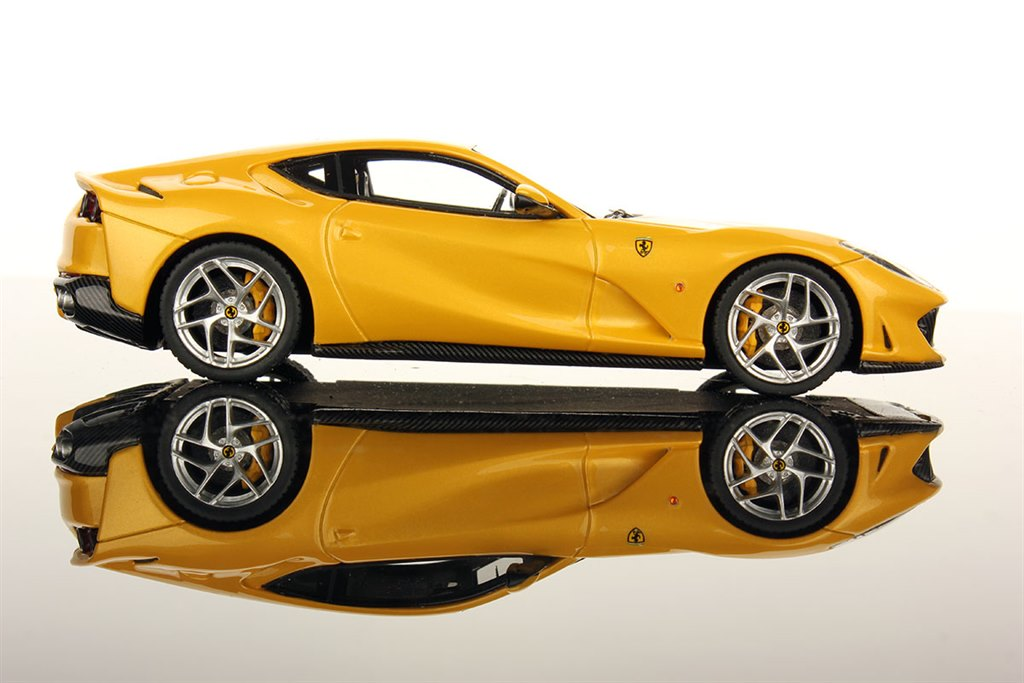 ferrari 812 superfast geneva 2017 yellow by looksmart. Black Bedroom Furniture Sets. Home Design Ideas