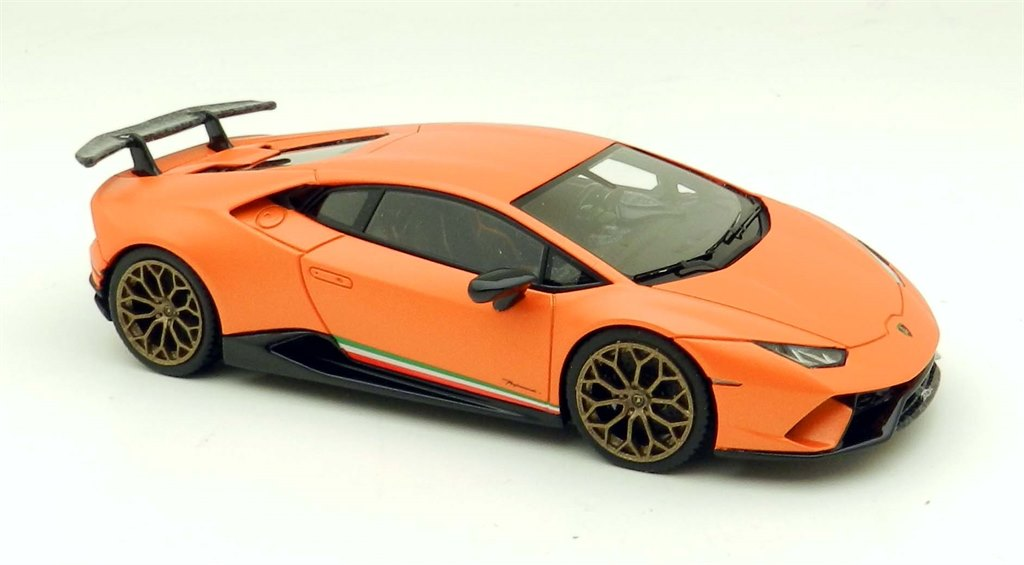 lamborghini huracan perf 2017 orange by looksmart. Black Bedroom Furniture Sets. Home Design Ideas
