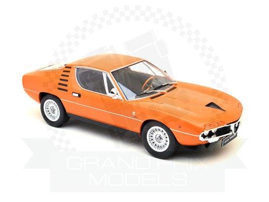 Alfa Romeo Montreal Sport Coupe Orange DIECAST 1970 1:18 KK DIECAST